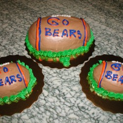 Bears Mini Football Cakes #7