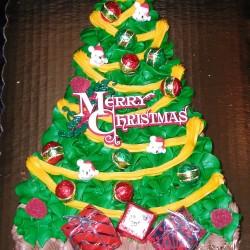 Christmas Tree Cake #4