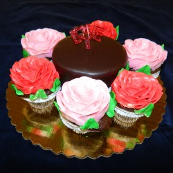 Love Cake with Rose Cupcakes