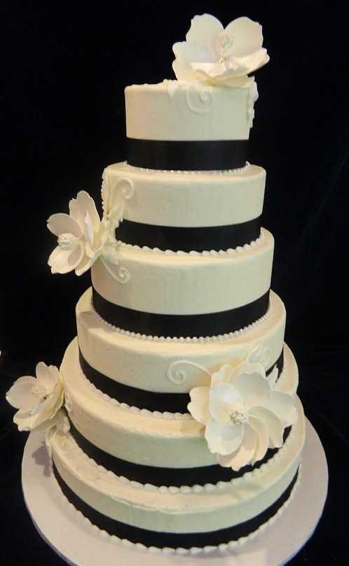 Cake With Fondant Storage : Wedding Cakes   Dinkel s